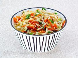 Салат из топинамбура с морковью и яблоком готов