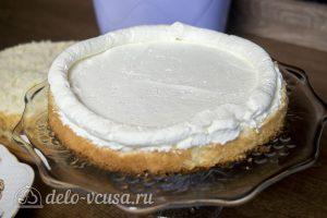 Белый шоколадно-кокосовый торт: Начать собирать торт