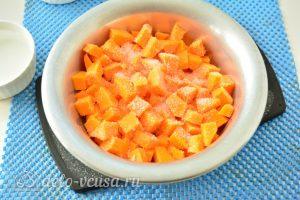 Варенье из тыквы с яблоками: Добавьте сахар