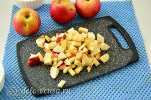 Варенье из тыквы с яблоками: Нарезать яблоки