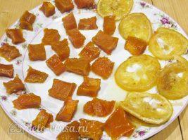 Цукаты из тыквы: Разложить на тарелку