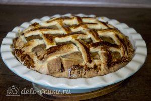 Дрожжевой яблочный пирог: Выпекать до готовности