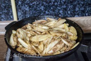 Дрожжевой яблочный пирог: Приготовить начинку