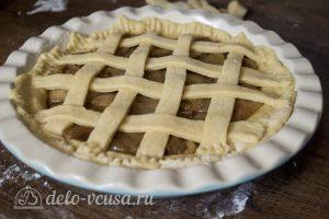 Дрожжевой яблочный пирог: Украсить пирог