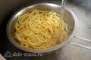 Паста с тыквой: Отварить макароны