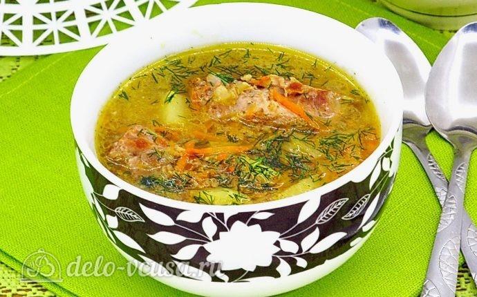 Ячменный суп со свиными ребрышками