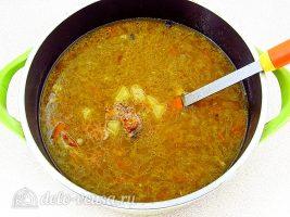 Ячменный суп со свиными ребрышками: Варить до готовности