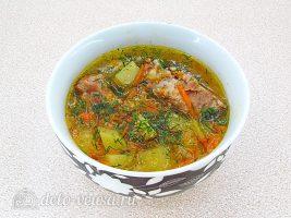 Ячменный суп со свиными ребрышками готов