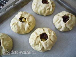 Татарские пирожки Вак балиш: Выложить начинку на пирожки