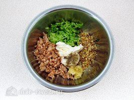Закуска на крекерах из рыбных консервов: Соединить все ингредиенты