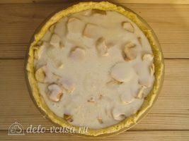 Яблочный пирог Марины Цветаевой: Покрыть пирог заливкой