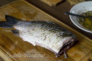 Запеченный карась с овощами: Подготовить рыбу