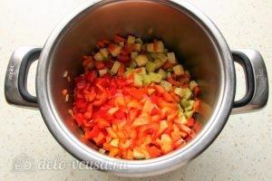 Кус-кус с овощами: Добавить перец