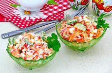 Салат из крабовых палочек, огурца и моркови по-корейски