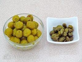 Тапенад из оливок: Вынуть каперсы и оливки