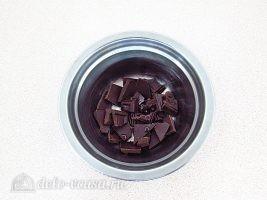 Сметанное желе Карнавал: Подготовить шоколад