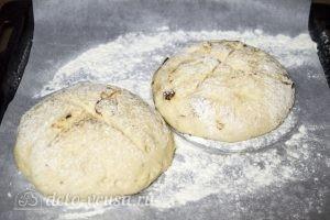 Хлеб с оливками и вялеными томатами: Сформировать хлеб