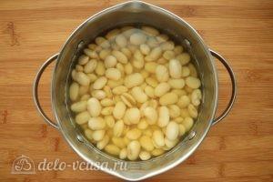 Хумус из фасоли с запеченным чесноком: Подготовить фасоль