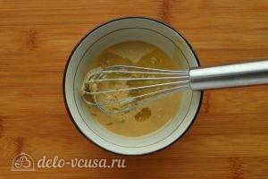 Хумус из фасоли с запеченным чесноком: Соединить тахину с лимонным соком
