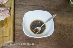 Пикантная скумбрия в духовке: фото к шагу 2.