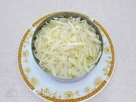 Слоеный салат с картофелем фри: фото к шагу 12