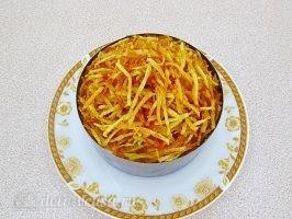 Слоеный салат с картофелем фри: фото к шагу 14