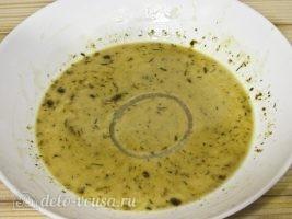 Луковые кольца в кляре на сковороде: Отправляем лук в кляр