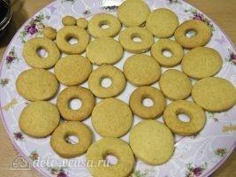 Песочное печенье на палочке: Выпекаем печенье