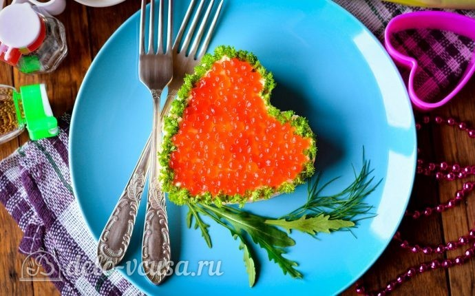 Салат в форме сердца