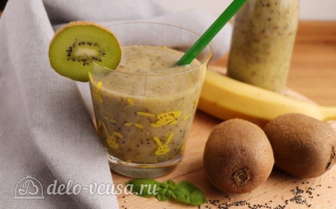 Смузи из киви с бананом и семенами чиа