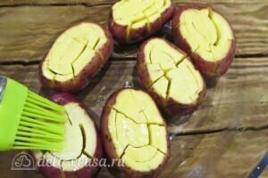 Хризантемы из картофеля с укропом и сыром: фото к шагу 5.
