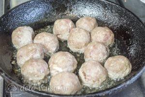Макароны с фрикадельками в духовке: фото к шагу 3.
