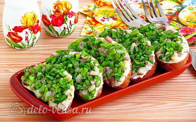 Бутерброды Для вечеринки с сельдью