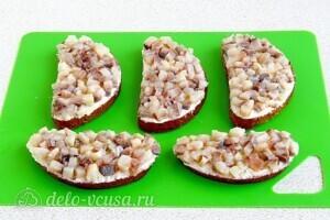 Бутерброды Для вечеринки с сельдью: фото к шагу 8