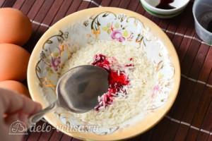 Как покрасить яйца рисом: фото к шагу 2.
