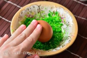 Как покрасить яйца рисом: фото к шагу 4.
