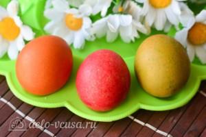 Как покрасить яйца рисом: фото к шагу 6.