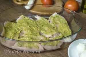 Запеченная куриная грудка с соусом Песто: фото к шагу 2.