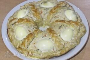 Мясной пирог со слоеным тестом: фото к шагу 19.