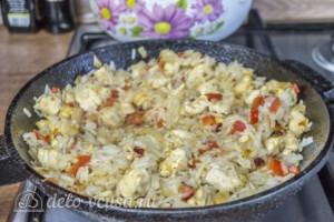 Рис с курицей и перцем за 25 минут: фото к шагу 5.