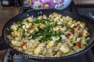 Рис с курицей и перцем за 25 минут: фото к шагу 6.