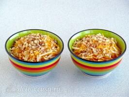 Салат из свежей тыквы и яблока за 10 минут: фото к шагу 6