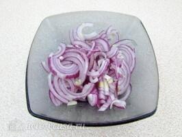 Салат из морской капусты с сайрой: фото к шагу 1