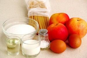 Яблочный макаронник: Ингредиенты
