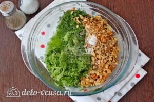Болгарский суп Таратор с грецкими орехами: фото к шагу 5