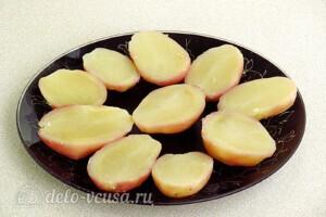 Картофель в духовке с сыром и чесноком: фото к шагу 2.