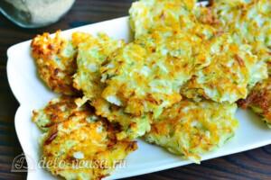 Капустные котлеты с плавленым сыром: фото к шагу 7
