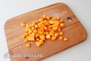 Суп-пюре из свеклы и сельдерея: фото к шагу 2.