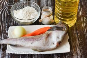 Жареный минтай с морковью и луком: Ингредиенты