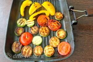 Пирог с рикоттой и овощами гриль: фото к шагу 4.